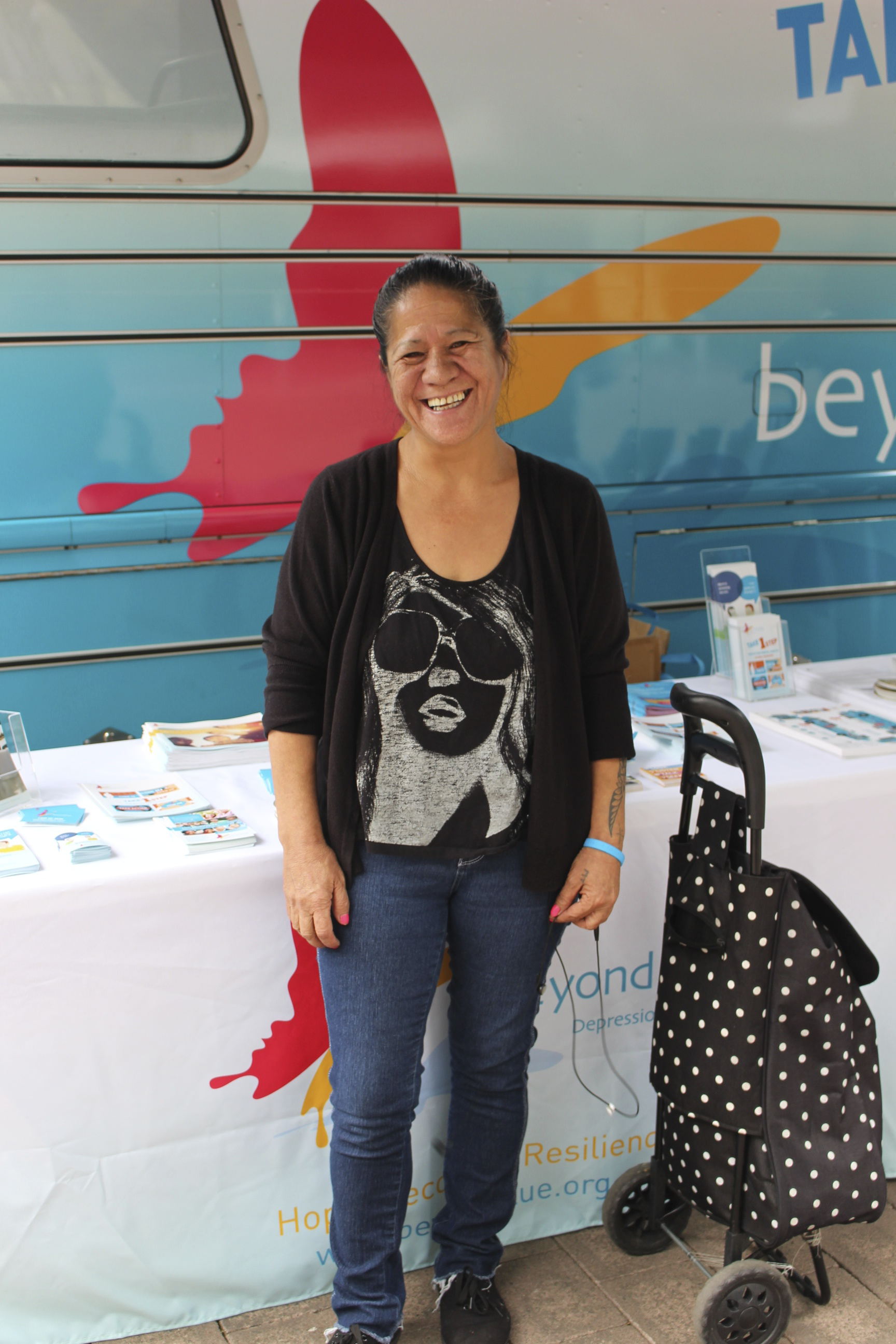 A lovely Beyond Blue supporter dropped by the bus at Canberra Centre