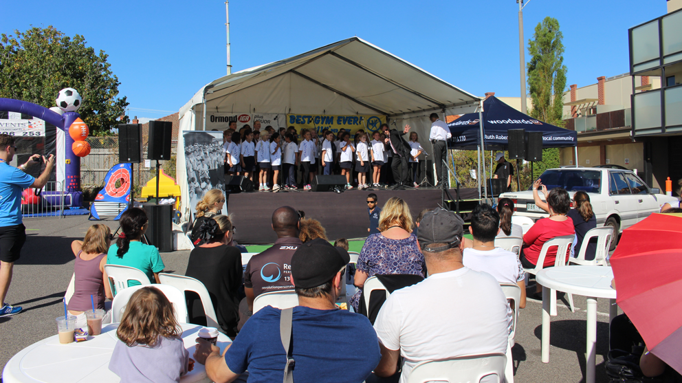 The McKinnon Primary School Choir take to the stage in Ormond.
