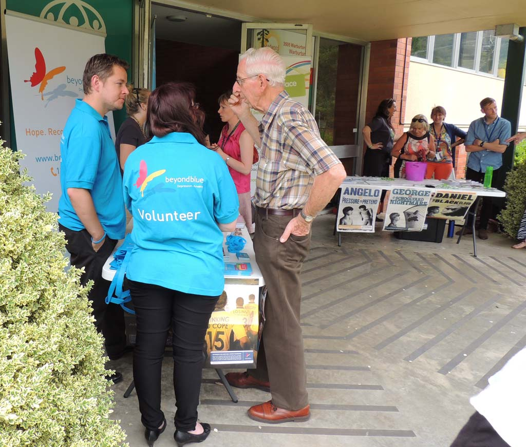 beyondblue staff chat to locals at Redwood Community Centre, Warburton