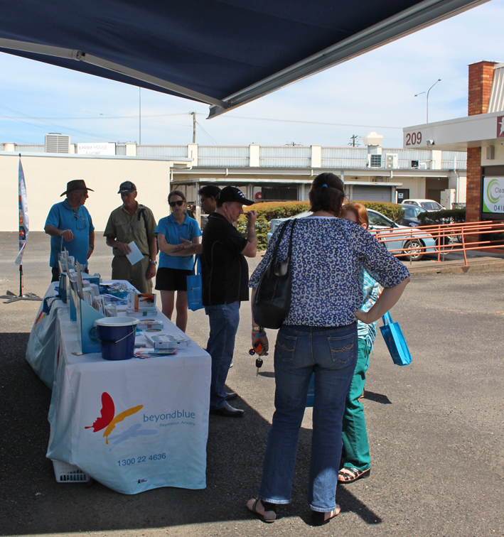 Chatting to locals in Cairns who came along to the barbecue at Worklink.
