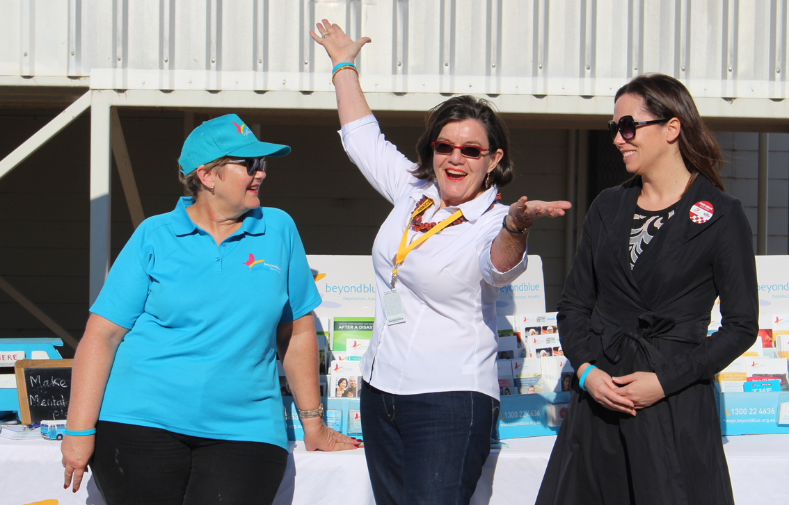 Member for Indi Cathy McGowan dropped by at Winton Raceway.