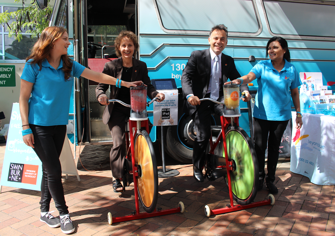 Inner East Melbourne Medicare Local CEO Marianne Shearer and Member for Hawthorn John Pesutto bike 'n blend at Swinburne's Hawthorn campus.
