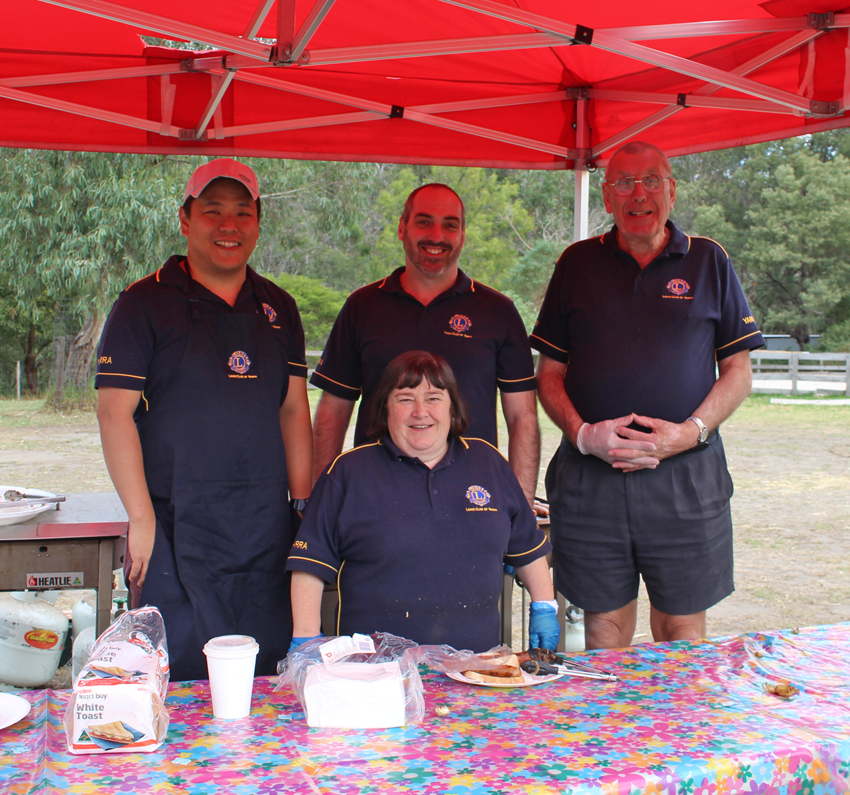 The Lions Club of Yarra cooked up a delicious BBQ at Collingwood Children's Farm.