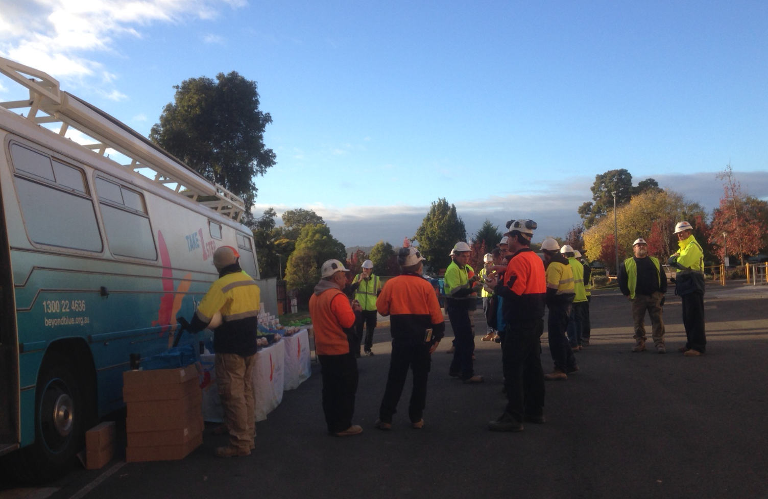 Starting the day at the Bendigo Hospital construction site.