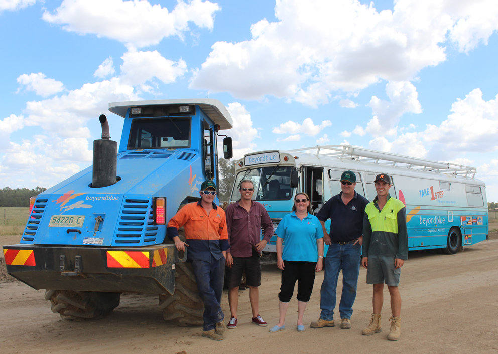 Look who we ran into! Rollers Australia had their Beyond Blue roller in action on a Wagga road construction site.