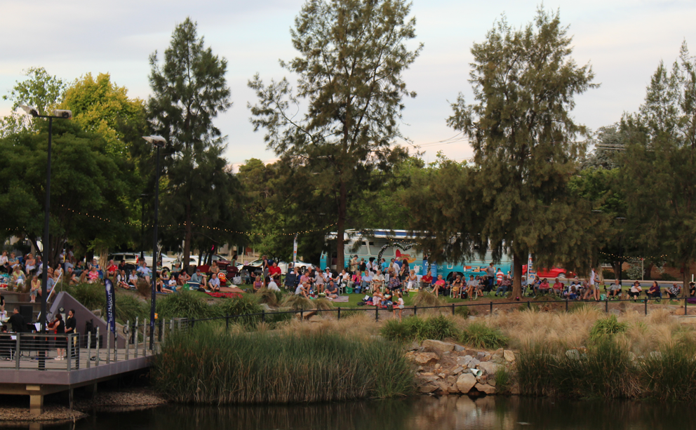 There was a big crowd at Wagga's Twilight by the Lagoon.