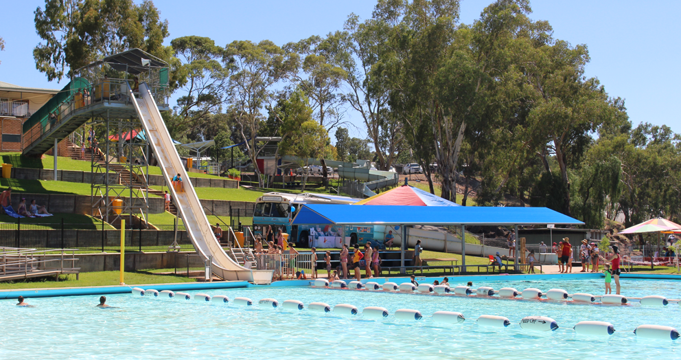 It was the perfect day to be poolside in Narrandera.