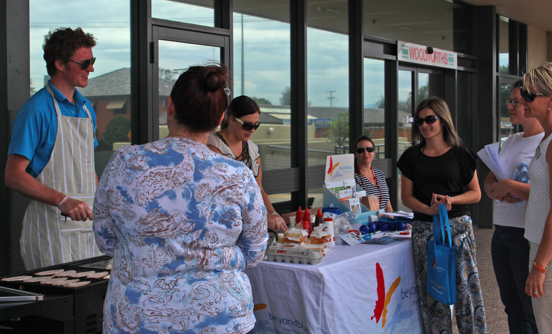 Cooking up the free community barbecue in Narrabri.