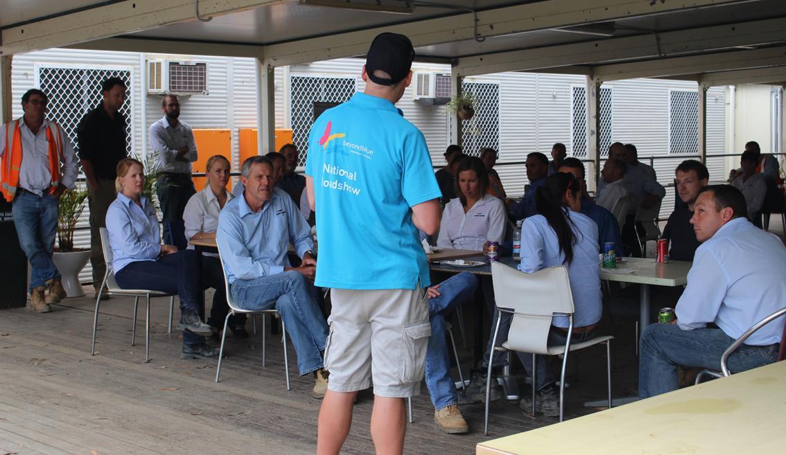 Beyond Blue's Nick presents to LendLease staff working on the Pacific Highway Upgrade near Valla.