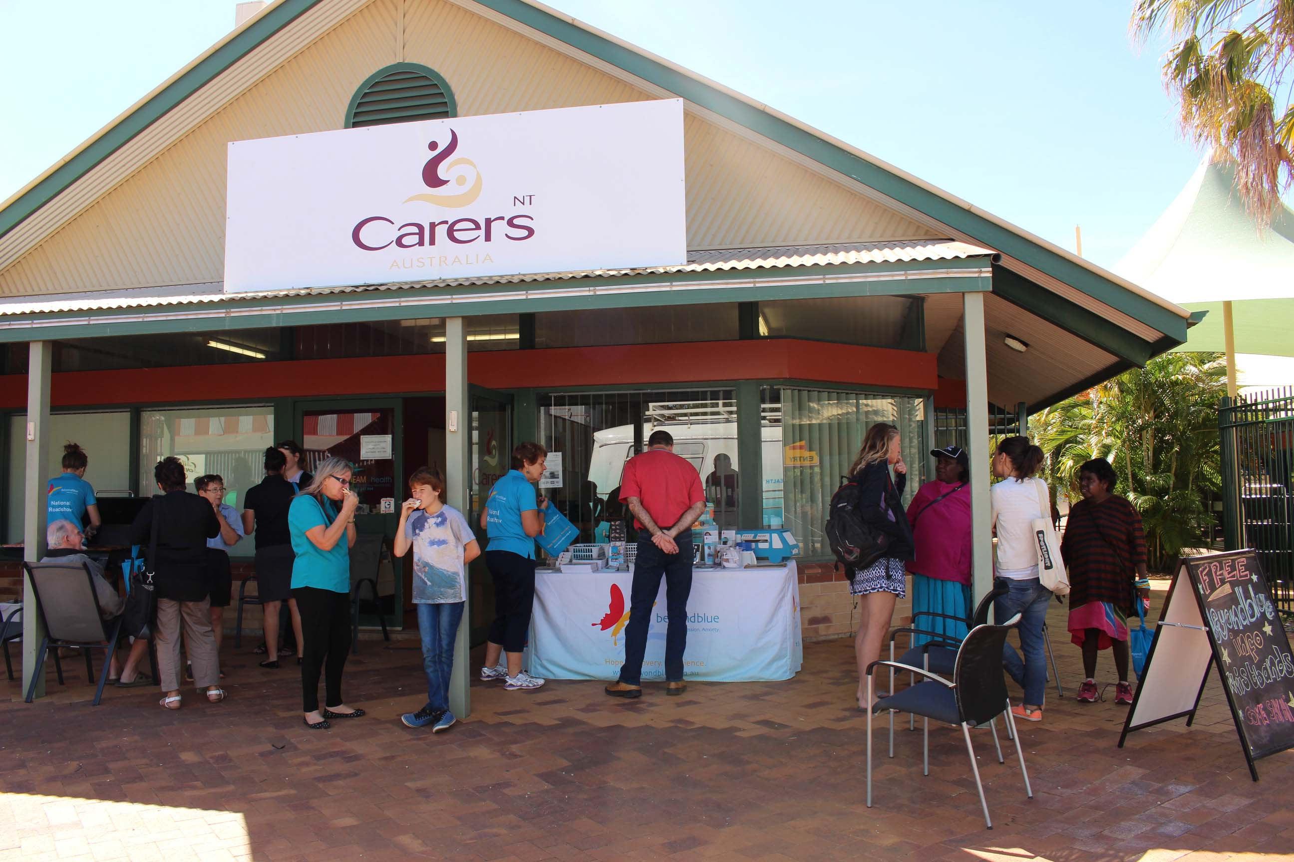 Locals in Katherine dropped by the Carers NT office for a free barbecue and to chat with Beyond Blue.
