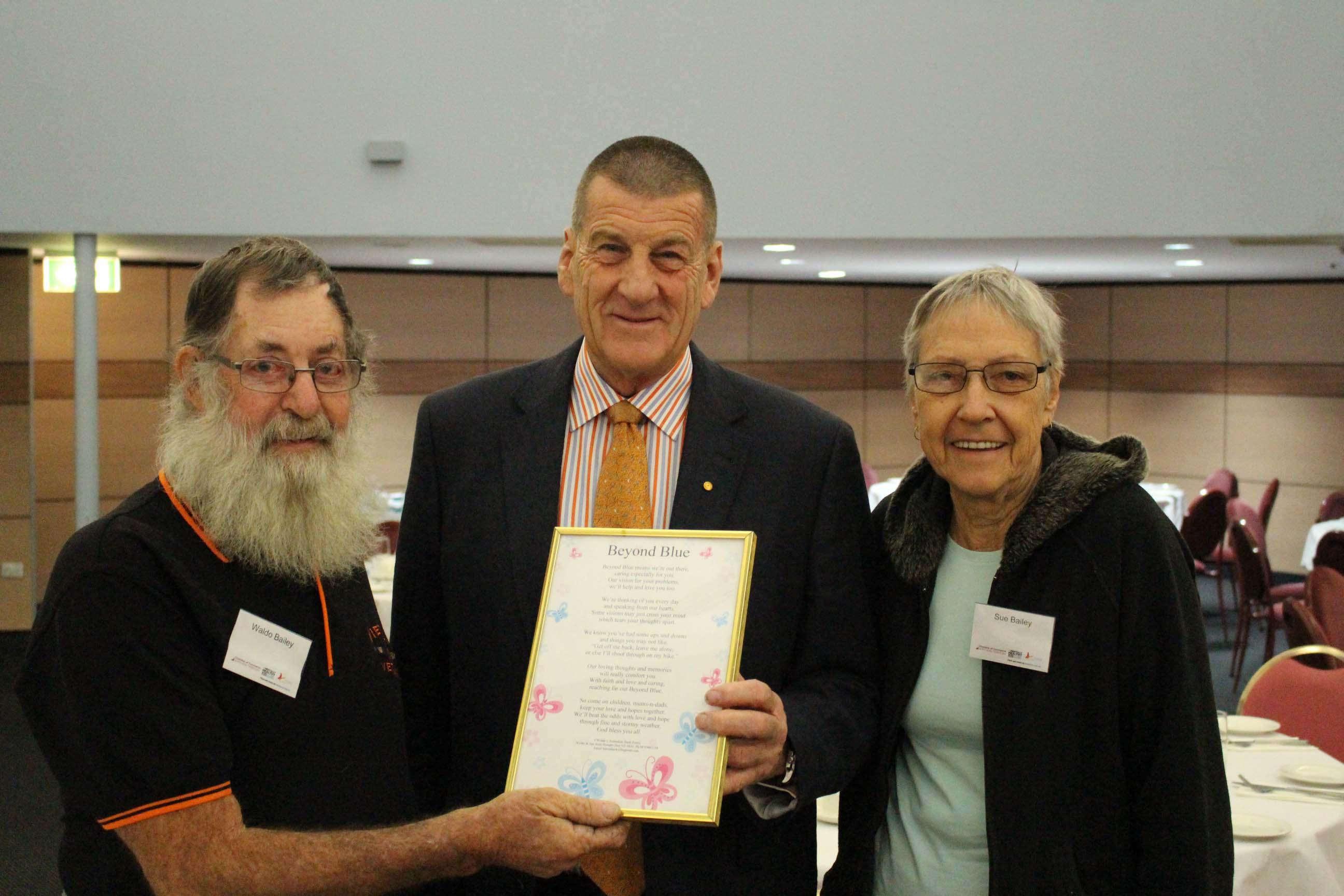 Chairman Jeff Kennett met Beyond Blue supporters in Darwin.