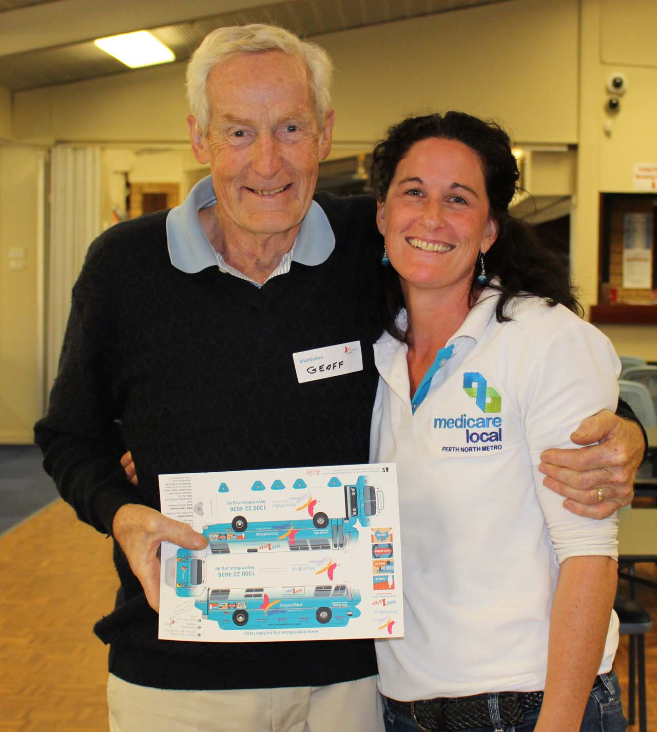 blueVoices Member Geoff with Katie from PNML at the Sorrento Bowling Club in Duncraig.