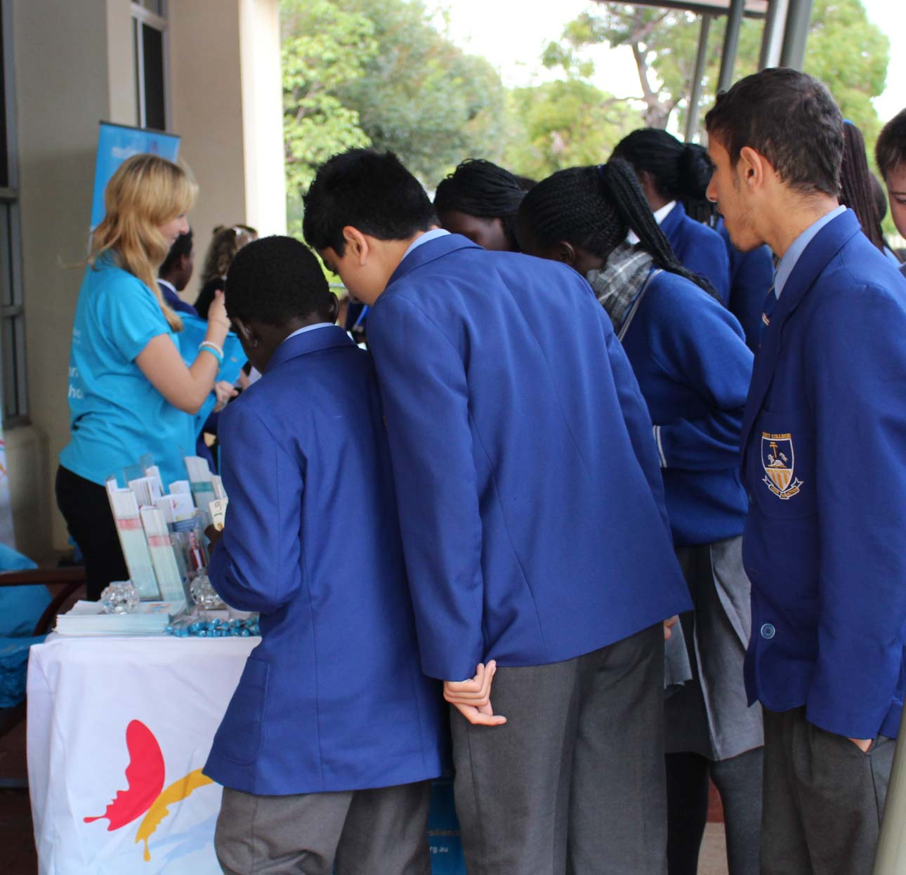 Students from Mercy College in Koondoola were keen to check out Beyond Blue's resources.