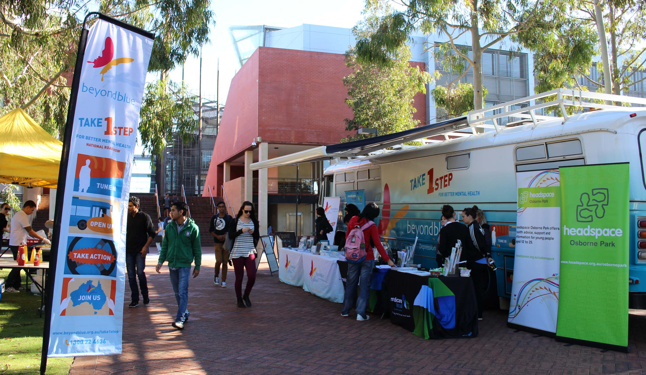 Students at Edith Cowan Uni picked up free information ahead of the exam period.