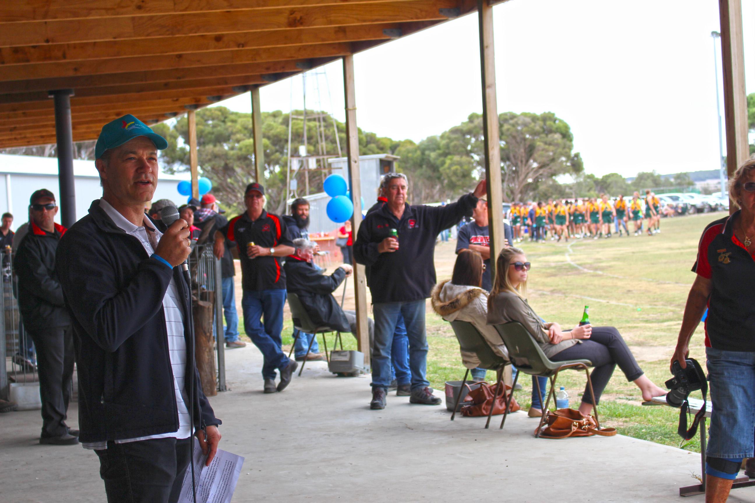 Beyond Blue Board Director Associate Professor Michael Baigent addresses the crowd at Kangaroo Island.