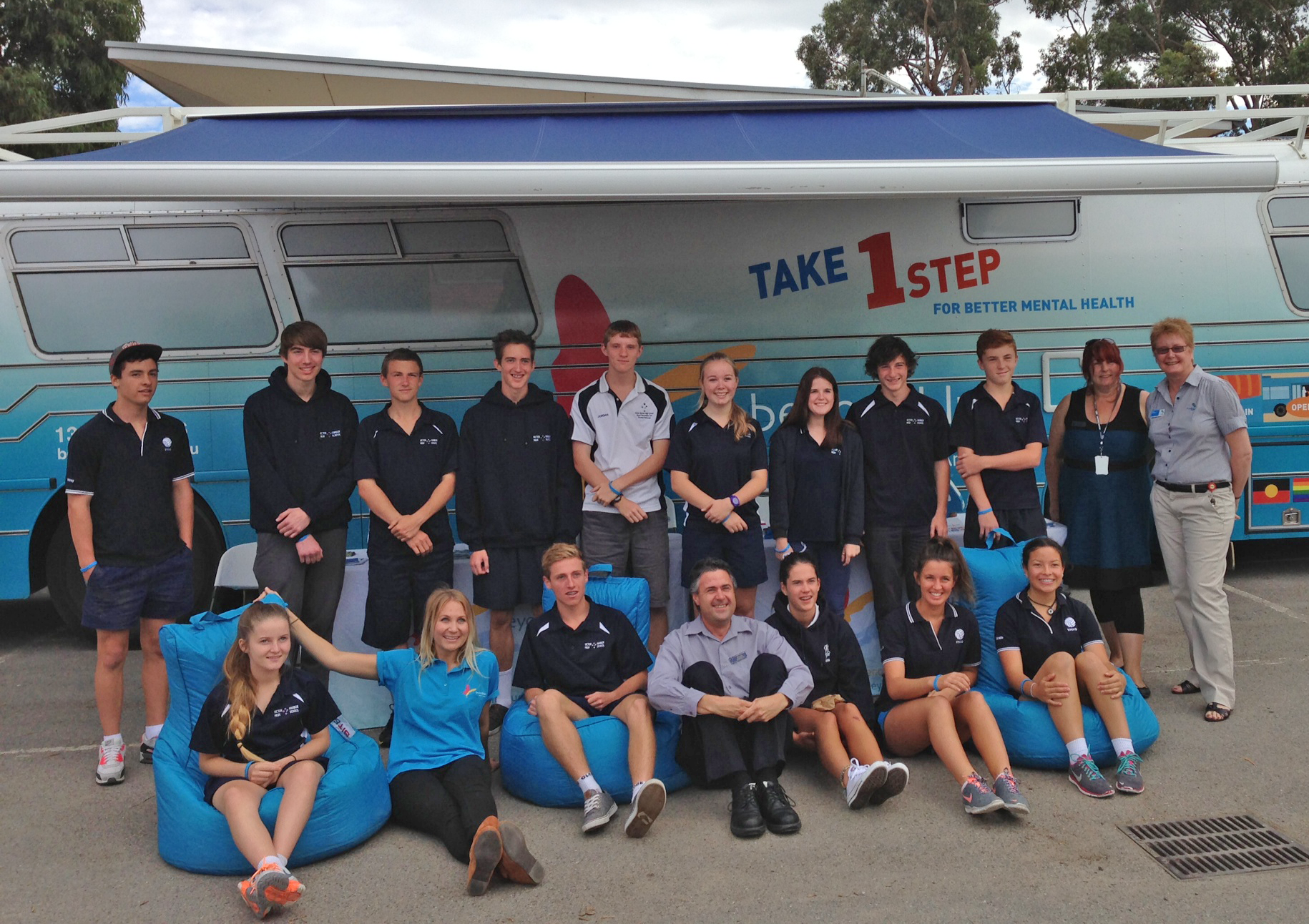 Victor Harbor High School students and teachers get acquainted with the bus.
