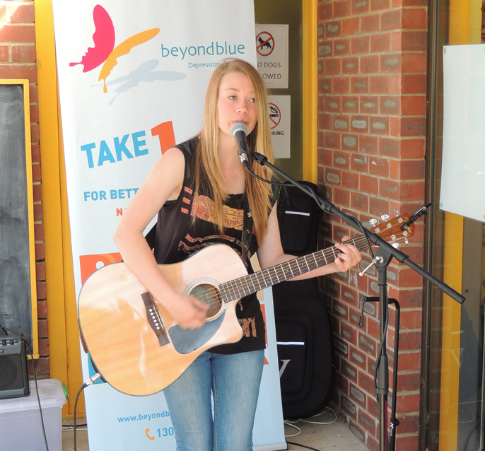 Triple J Unearthed artist Kelsey Hibberd performs in Dunalley.