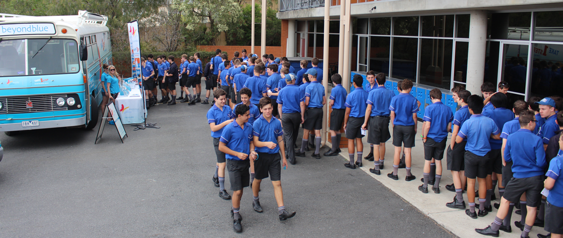 St Edmunds's College students line up to check out the bus and free resources.