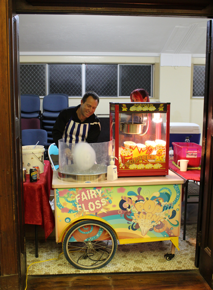 Free blue fairy floss and popcorn in Maryborough!